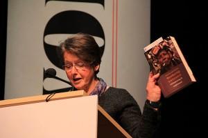 Sieth Delhaas tijdens My World Event in 2013 met 'Weerbarstig erfgoed'